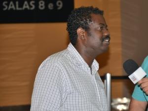 Leandro Firmino (Zé Pequenos) foi conferir a estreia de