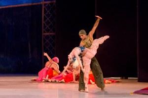 opera-bale-sheherazade-26-low-credito-julia-ronai